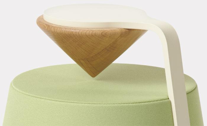 De mooie houten cone op de Davone Mojo luidspreker